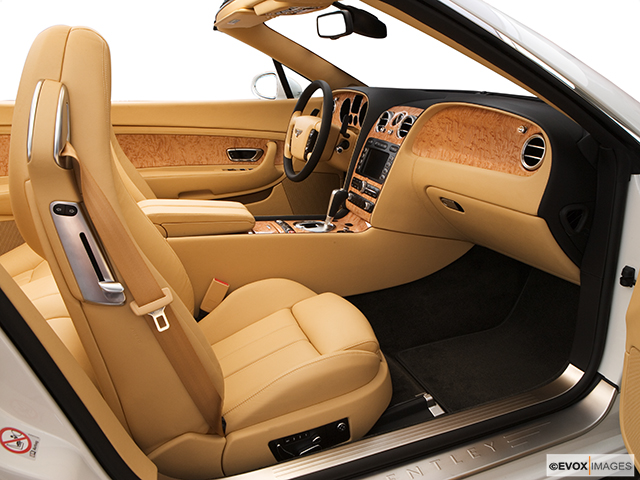 Bentley Continental GTC-inside-b